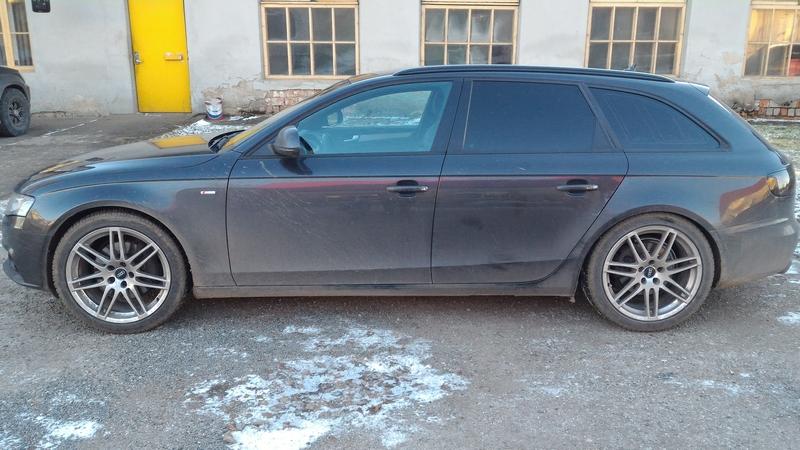 http://kremlin.planet.ee/pildid/Audi/Audi%20A4%20B8%202008/Foorum/tn_P_20151228_133032.jpg